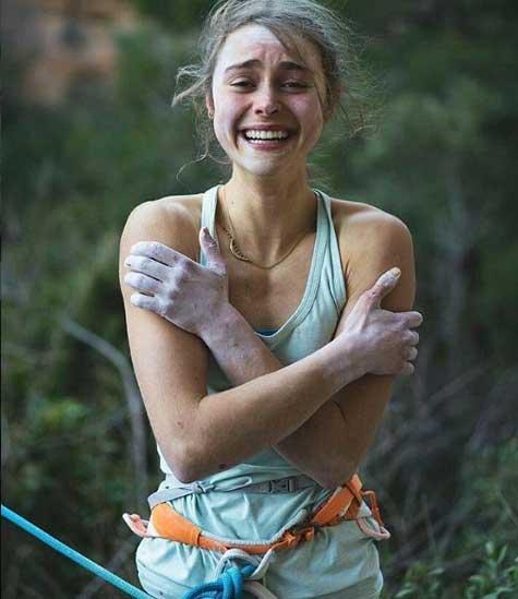 Margo Hayes escalada